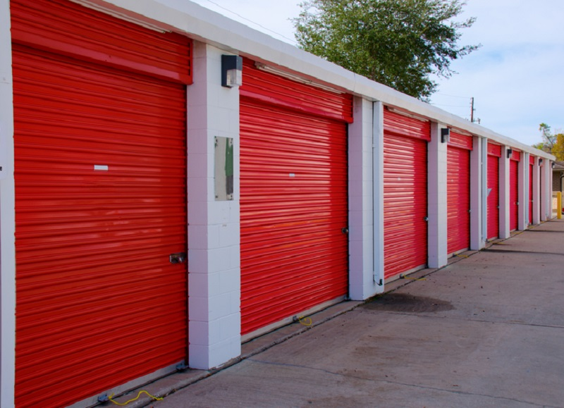 Palumbo Park Self-Stor conveniently located at 2595 Palumbo Drive offers cheap short & Cheap Storage Units | Short-Term u0026 Long-Term Storage Units